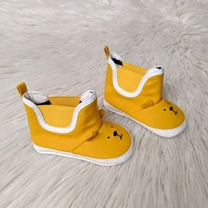 Gap Yellow Bear Soft Sole Rainboots 6-12 Months